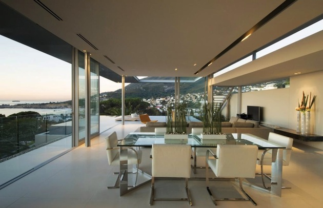 Contemporary-Cape-Town-First-Crescent-Bay-Home-5