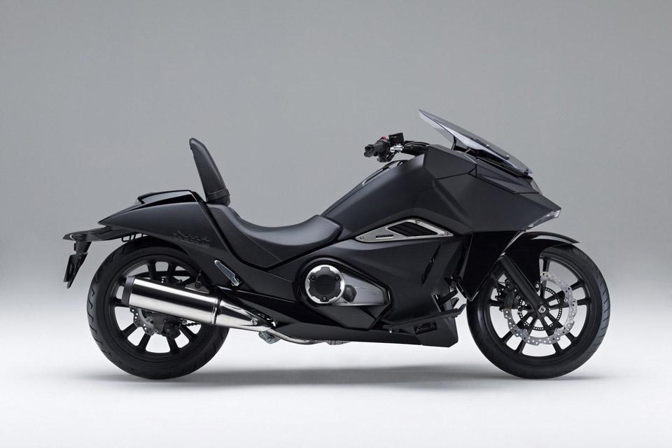 Honda-Unveils-Two-Japanimation-Motorcycles-03