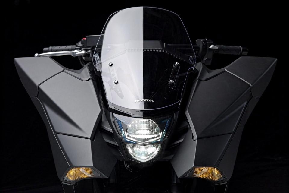 Honda-Unveils-Two-Japanimation-Motorcycles-04