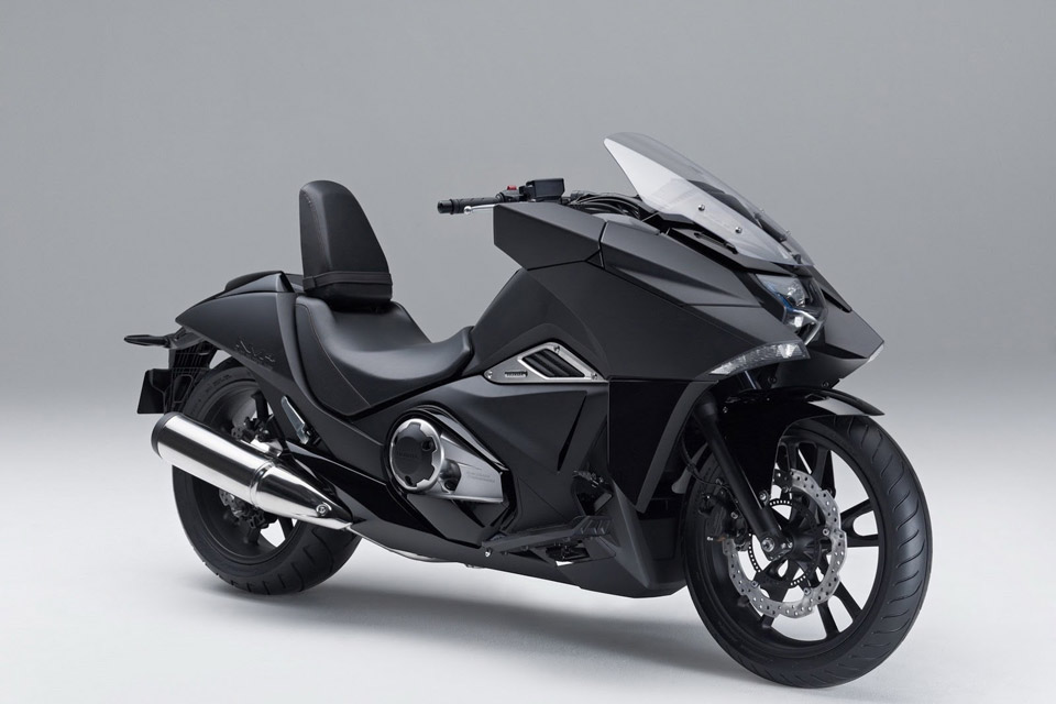 Honda-Unveils-Two-Japanimation-Motorcycles-05