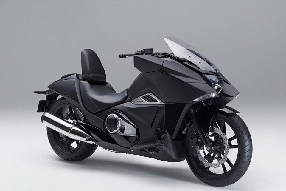 Honda-Unveils-Two-Japanimation-Motorcycles-05