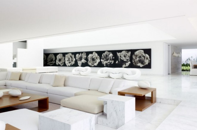 Miguel-Angel-Aragonés's-Style-for-a-Mexico-City-Modern-Home-9-800x530-660x437