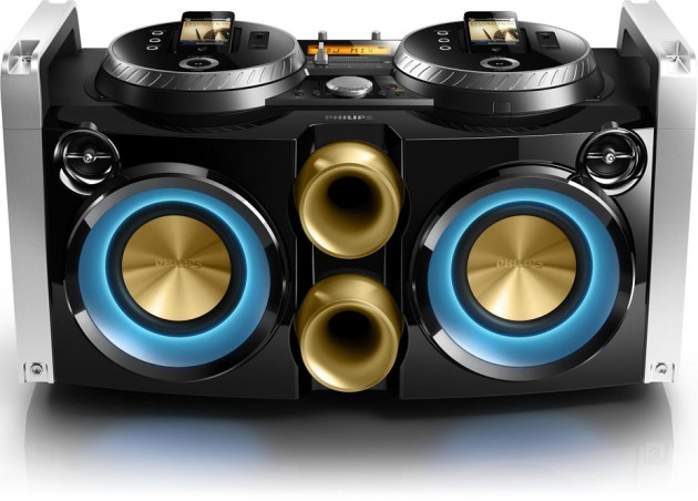 Philips-Mini-Hi-Fi-System-iPhone-Turntable-Dock-03-630x452