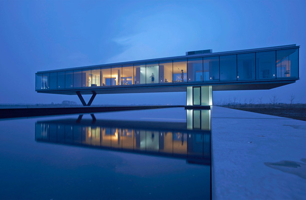 Villa-Kogelhofan-by-Paul-Ruiter-Architects-02