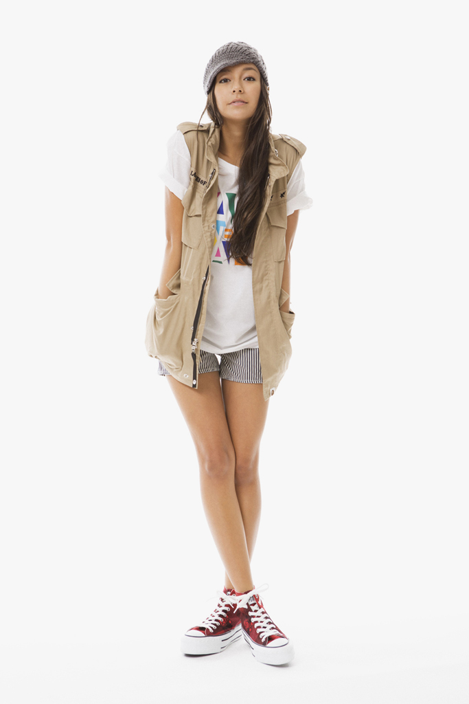 a-bathing-ape-ladies-2012-fallwinter-lookbook-6