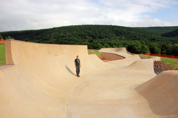 camp-woodward-snake-run-by-california-skateparks-1