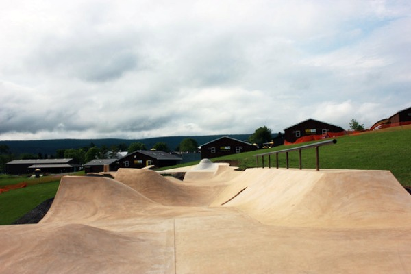 camp-woodward-snake-run-by-california-skateparks-4