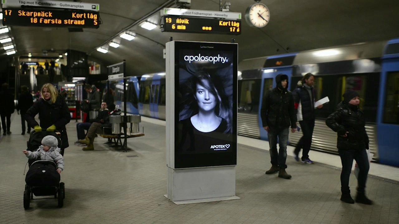 clever-subway-ad-in-sweden-featu
