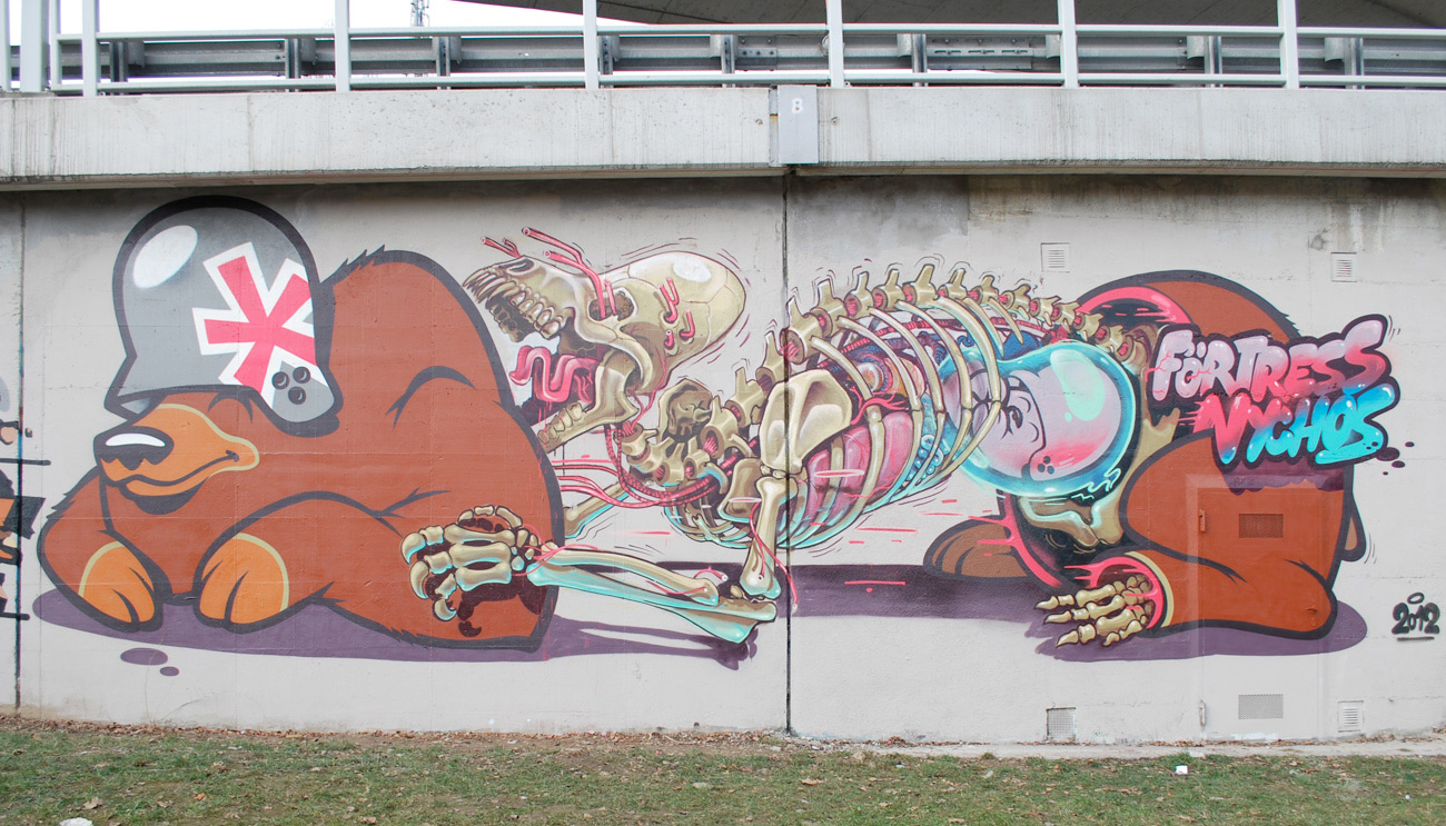 flying-fortress-nychos-mural-1