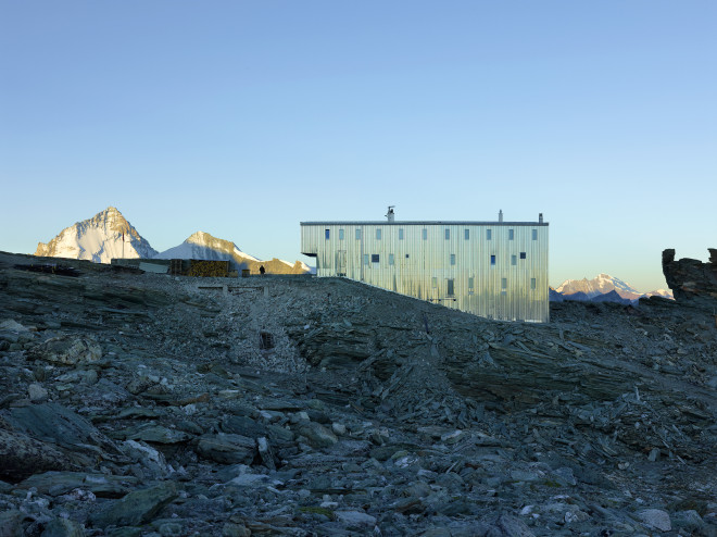 new-tracuit-mountain-hut-zinal04-660x494