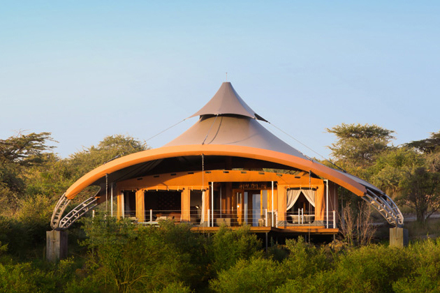 richard-branson-opens-mahali-mzuri-safari-camp-in-kenya-3