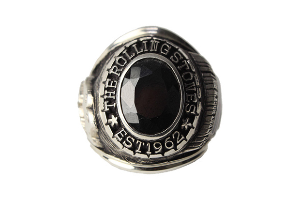the-rolling-stones-50th-anniversary-college-ring-001